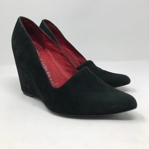 Jeffrey Campbell Black Suede Wedge Pump Size 9